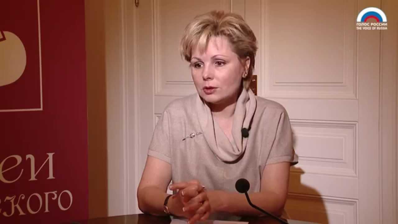 """Елена Гагарина: """"Выставка должна выглядеть, как шоу"""""""