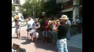 Download Αμαρι ντιλι Amari dili τσιγγκανικο απο πλανοδιους  7-7-2012 MP3 song and Music Video