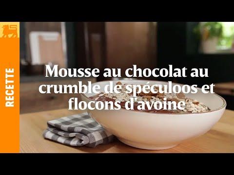 Mousse au chocolat au crumble de spéculoos et flocons d'avoine