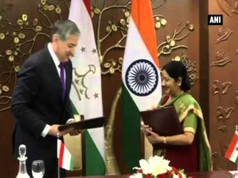 Tajikistan Foreign Minister calls on Sushma Swaraj in New Delhi