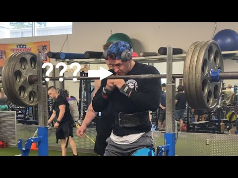What Do Powerlifters Sniff Before Lifting???