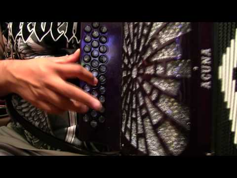 """El Mundo Es Mio"" - in the key of G/GCF - Conjunto/Naranjo Style Accordion Lesson - 2012"