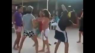 شوفوا يا مسلمين حفلات للشواذ في المخيمات الجزائرية