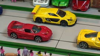 RACE  Hot Wheels  Supercar Collection Diecast Toy Cars, Toy car Racing,- coche de juguete