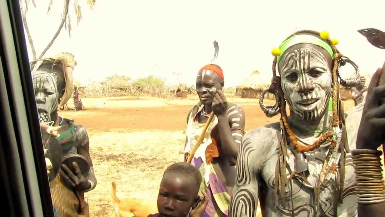 People from Mursi Tribe - YouTube