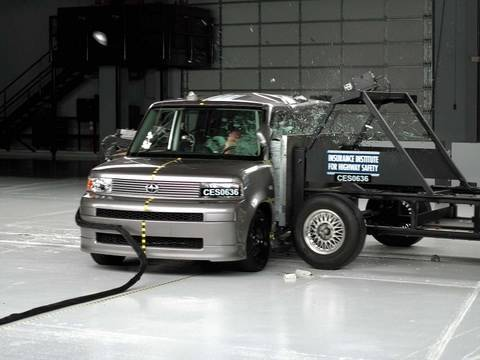 2006 Scion xB side IIHS crash test