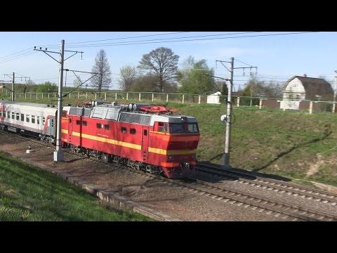 ЧС2Т-1001 с поездом Санкт-Петербург — Владикавказ