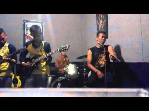 Seventeen - Menemukanmu Cover Versi BRFive Band