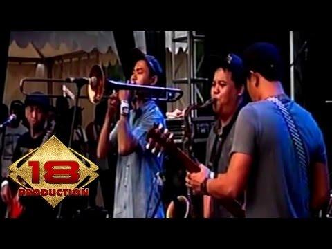 Shaggydog - Di Tatto  (Live Konser Bandung 22 November 2015)