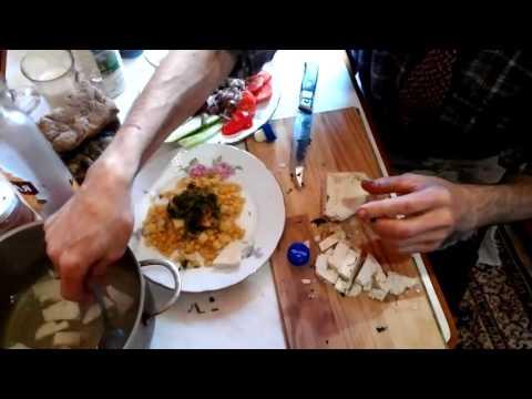 видео: КАК СБЕЖАТЬ ОТ КАРДИОХИРУРГА!!! Мясо сои вместо мяса животных, соевое молоко вместо коровьего.