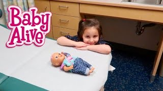 BABY ALIVE BREAKS ARM AND GOES TO DOCTOR!