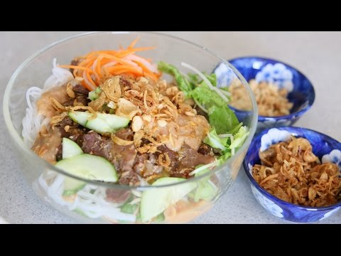 Grilled Pork Noodle Salad (BUN THIT NUONG)