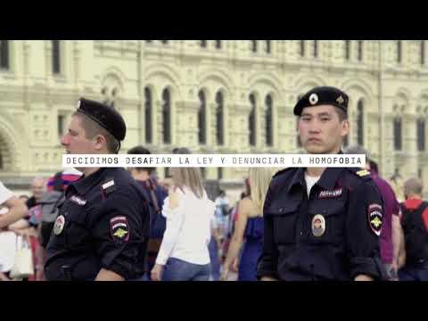 The Hidden Flag | 6 activistas cuelan la bandera arcoíris en Rusia
