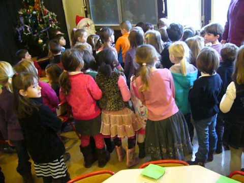 Le p re no l l 39 cole maternelle de vaulnaveys le haut youtube - Pere noel maternelle ...