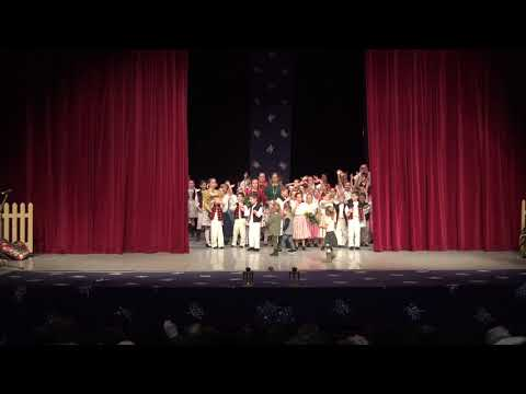 Vianočné vystúpenie 2017 - Záver (Autor videa: Petra Mitašíková PhD.)