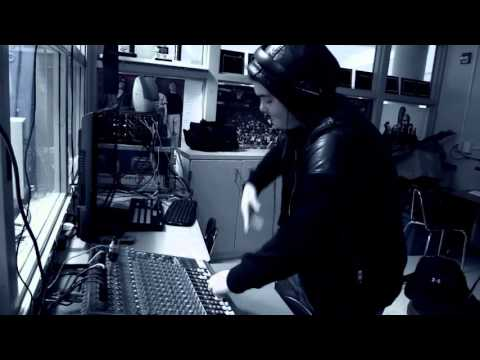 DJ Surgeon Hands