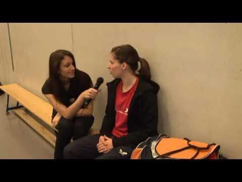 Warum Tischtennis spielen in der Schweiz? Pourquoi jouer au tennis de table en Suisse?  Free music.