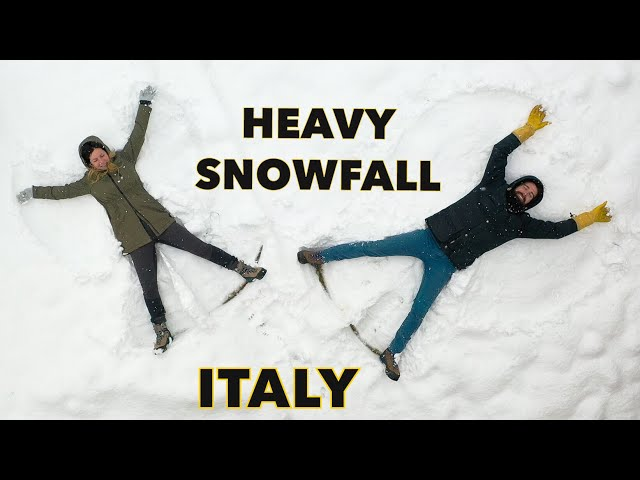 HEAVY SNOWFALL hit Italy // LIFE IN THE COTTAGE  - STUCK in the Italian Alps