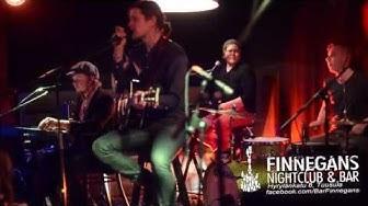 16032013 Pariisinkevät akustisena - Bar Finnegans - Hyrylänkatu 8