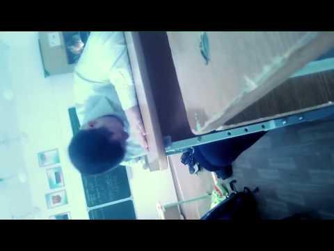Как нужно биться головой об стол от Демьяна