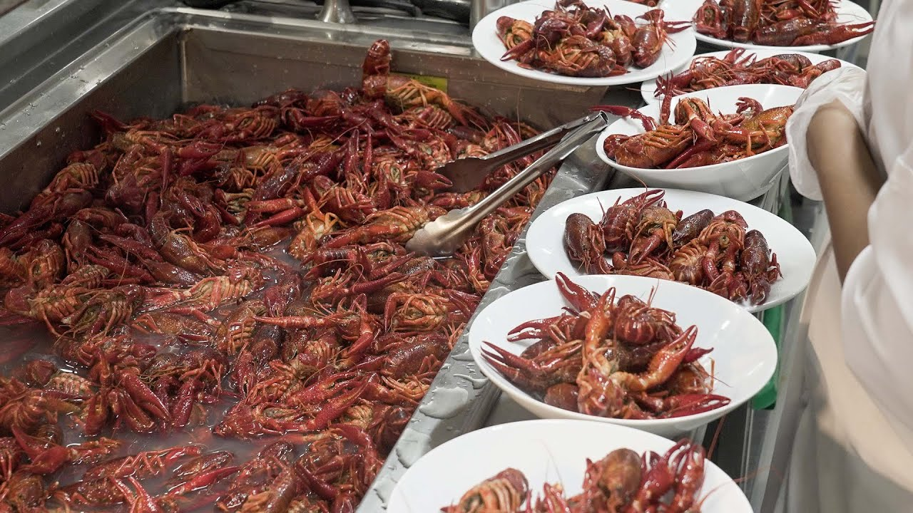 This Is What Ikea S Ayce Crayfish Party Looked Like In Toronto