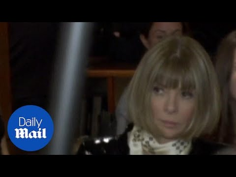 Anna Wintour is still a sought after guest on catwalk's front rows - Daily Mail
