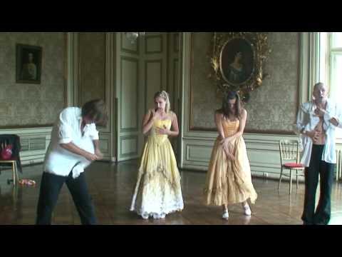 Is it love?  - Carousel Theater, Wien