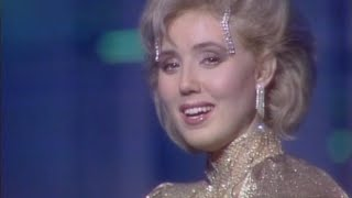 Lepa Brena - Nezna zena - Novogodisnji Show Program -  RTB 198485  Resimi