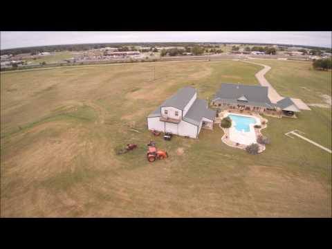 Beautiful Home with Rodeo Arena and Land - Wills Point, TX