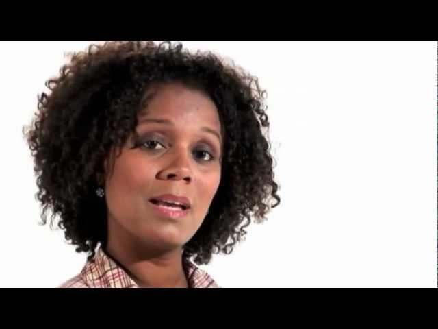 APRESENTADORA VIDEO INSTITUCIONAL