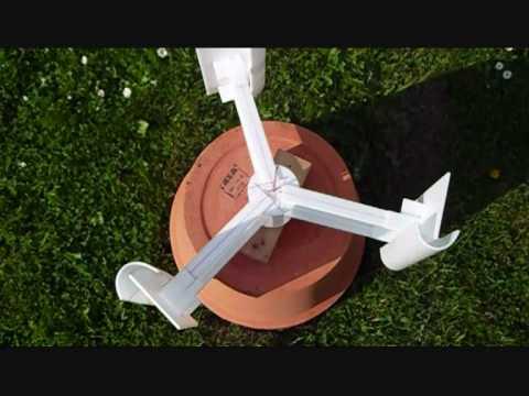 vertikales windrad mit c rotor youtube. Black Bedroom Furniture Sets. Home Design Ideas