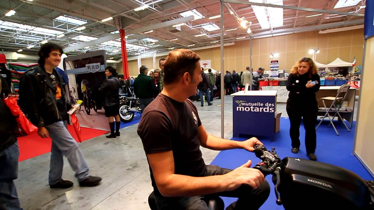 simulateur de conduite moto youtube. Black Bedroom Furniture Sets. Home Design Ideas