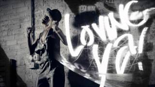 Rihanna - You Da One by www.Download-Muzica.Org.mp4