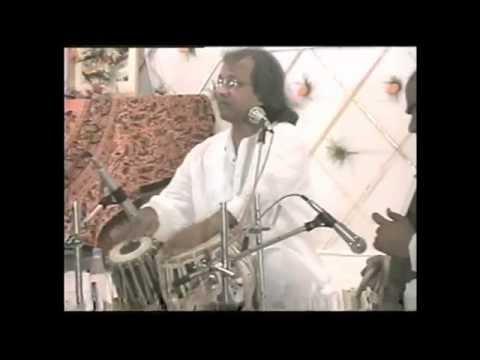 Pandit Nayan Ghosh Dhere Dhere