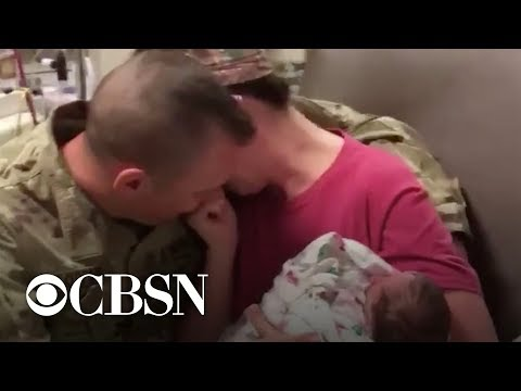 military-dad-surprises-wife-after-she-gave-birth-alone