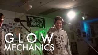 "Glow Mechanics - ""Aloft"" (Live on Radio K)"