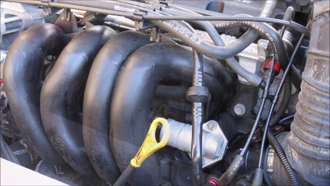 ford focus 2002 3 pcv valve replacement youtube