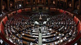 İtalya siyasi krize çözüm arıyor