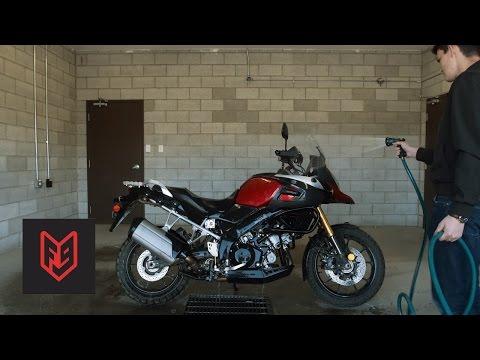 Suzuki V-Strom 1000 Review at fortnine.ca