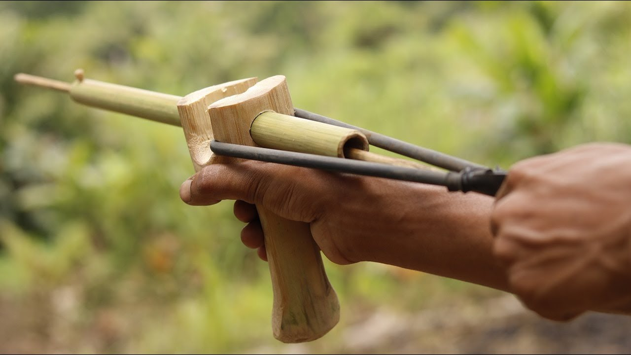 How to Make an Easy Survival Slingshot at Home | DIY |
