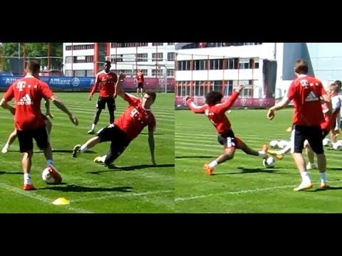 Agressive Tackling of Mandzukic vs Rafinha and Dante - FC Bayern training after CL loss Madrid 0:4