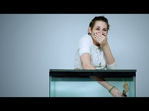 cute-and-funny-moments-with-kristen-stewart!-(part-67)