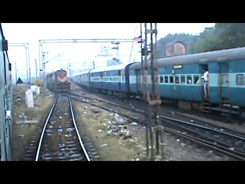 Triple Superfasts' parallel departure from Allahabad Jn!! JHS WDM-3B vs ET  WDM-3A vs HWH WAP-4!!!