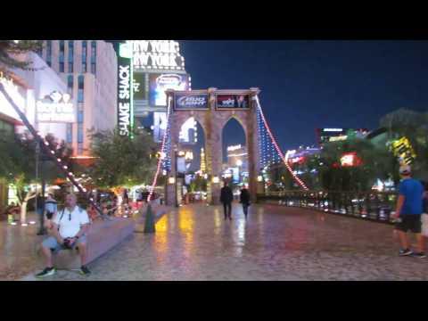 New York Vegas Live Music on the Brooklyn Bridge!