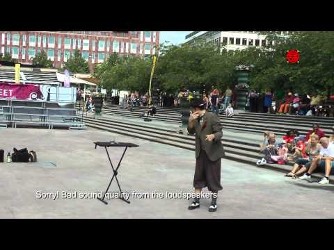 Stockholm Street Festival 2014 - Charlie Caper's Magic Show