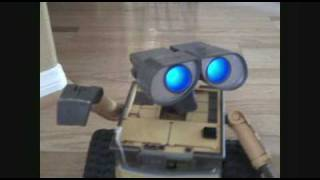 Robots Rule! Wall-E dances to Jai Ho: Music by AR Rahman; Pussycat Dolls Michael Jackson RIP
