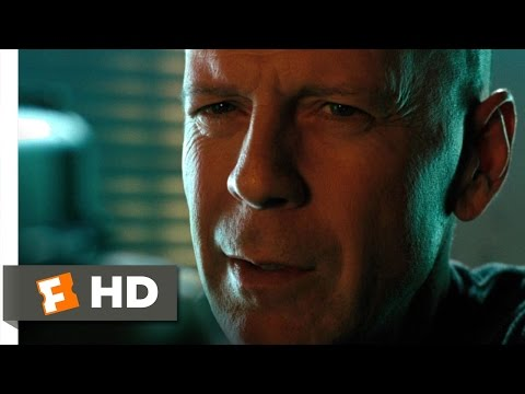Red (1/11) Movie CLIP - Moses and Mayhem (2010) HD