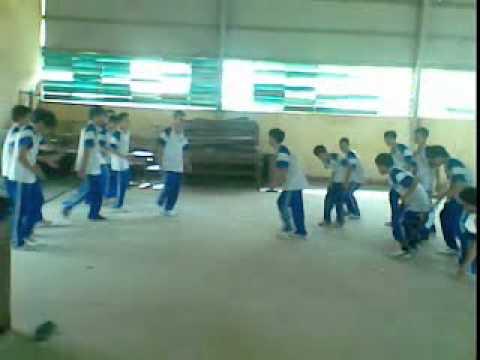 Bài nhảy tập thể của nam lớp 11.3 trường THPT Ngũ Hành Sơn TP Đà Nẵng.3gp