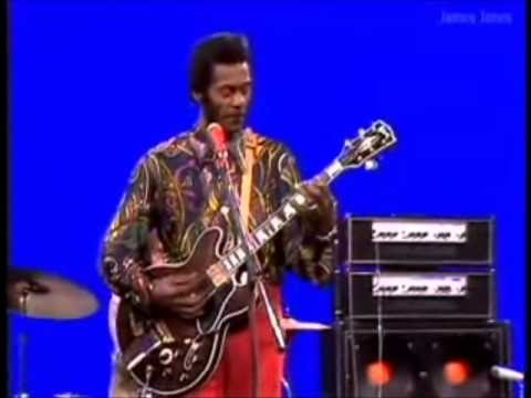Rock 'n' roll legend Chuck Berry dies