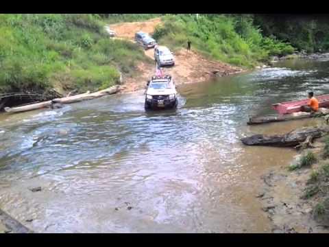 Convoy to Kampung Abuan, Sugut( Beluran 4×4 team).
